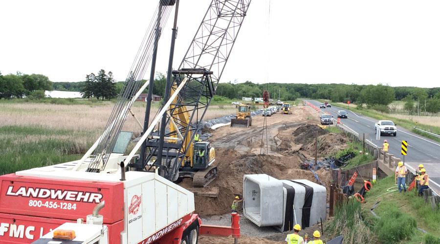 Cranes For Road Construction