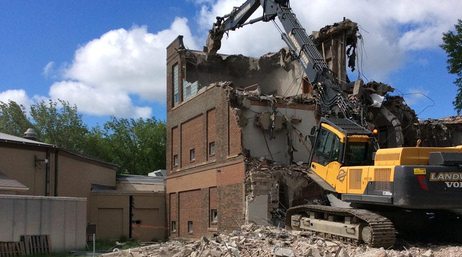 Building Demolition by Landwehr